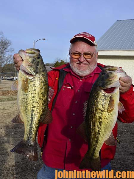 Captain Phillip Criss Tells Why Lake Guntersville Holds So Many Big Bass - 1
