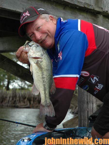 Why Denny Brauer Likes to Fish the Spit-N-King for Fall and Winter Bass - 2