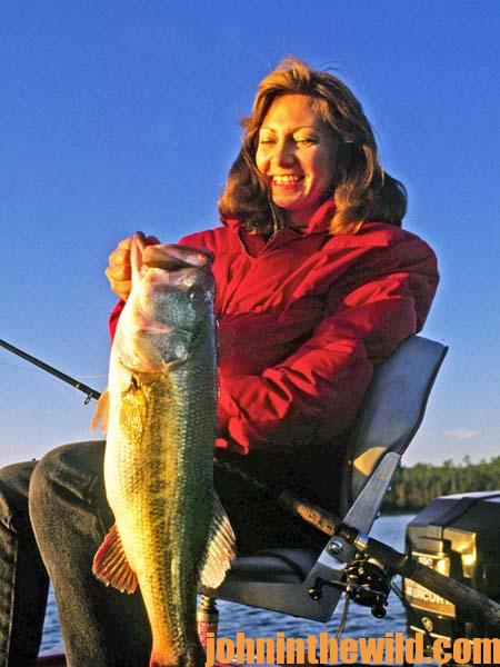 Catching East Coast Wintertime Bass with Davy Hite 3