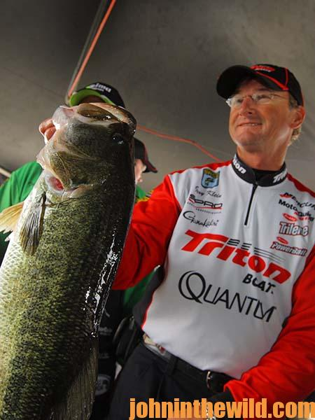 Gary Klein Says You Can Catch Bass on the Worse Weather Days04