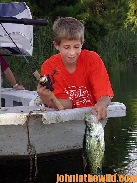 When to Build Beds and Expect to Catch Crappie with Guide Steve McCadams - 3