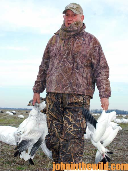 Why You Can Hunt Snow Geese in the Mississippi Delta from Now Until Mid-March 2