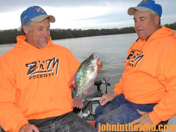 How to Catch Crappie in the Spring When a Front Hits with the Sipes Brothers01