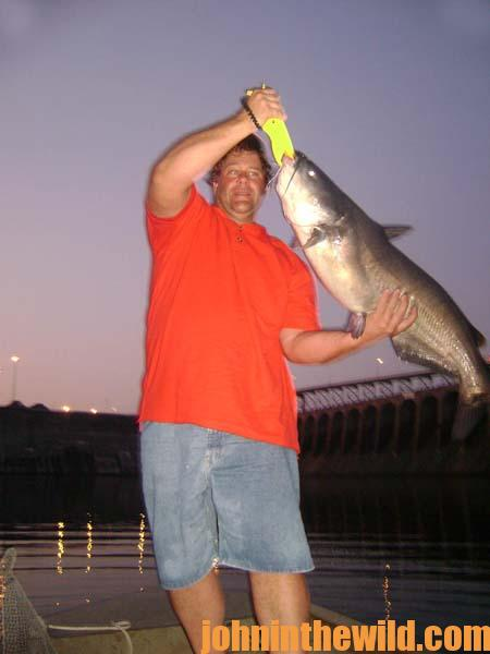 Brian Barton Says Fish the Seams to Catch More Catfish Quicker 3