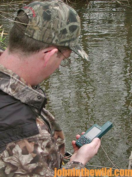GPS Is a Device for Hunting Deer and All Seasons in the Outdoors18