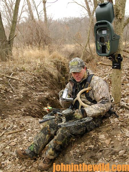 How David Hale Sets-Up His Cameras to Hunt Deer06