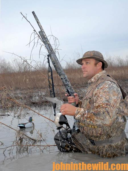 Jump Shoot Ducks at Mid-Day Loafing Areas and Roosting Sites15