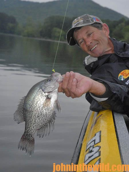 Locate the Thermocline to Catch More February Crappie07