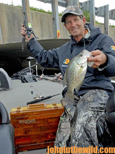 Read the Weather to Catch more February Crappie01