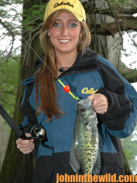 Use a Depth Finder and Cast to Catch Crappie in February's Cold Weather09