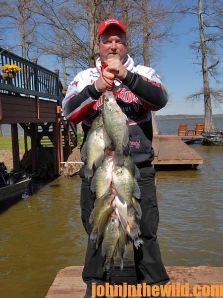 Use a depth finder and cast to catch crappie in february s for Fishing in cold weather