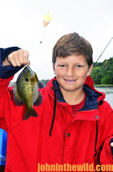 Look For Bubbles All Summer to Catch Bluegills at Blue Bank Resort03