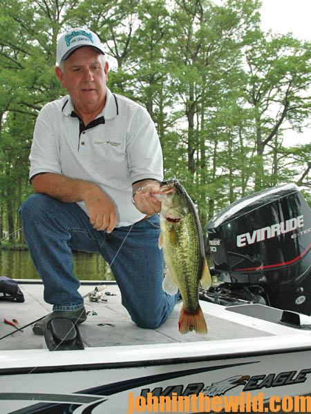 Many Anglers Tell Jackie Wayne VanCleave They Wish They Had His Job20
