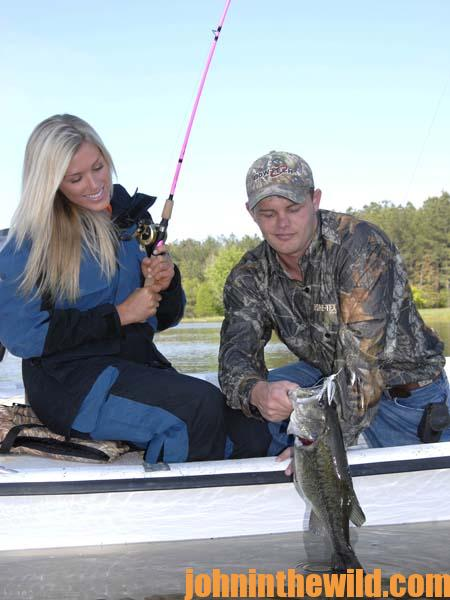 Outdoor college scholarships for high school bass anglers for Bass fishing scholarships
