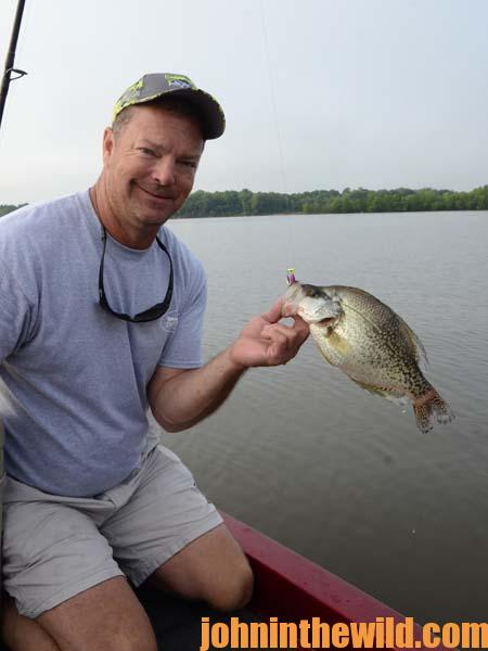 04 Take Good Care of Your Bait to Catch More Summertime River Crappie