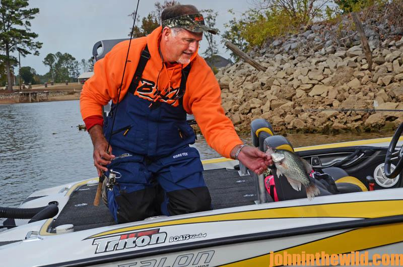 Alabama s weiss lake known as the crappie capital of the for Crappie fishing in alabama